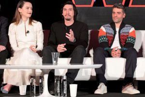 'Star Wars: The Rise of Skywalker': Fans Bring Up 'Rogue One' to Prove You Don't Need a Kiss to End a Movie