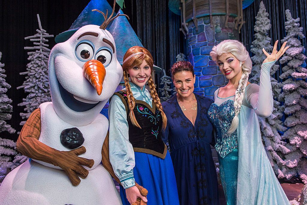 """Idina Menzel with Elsa, Anna and Olaf from Disney's """"Frozen"""""""