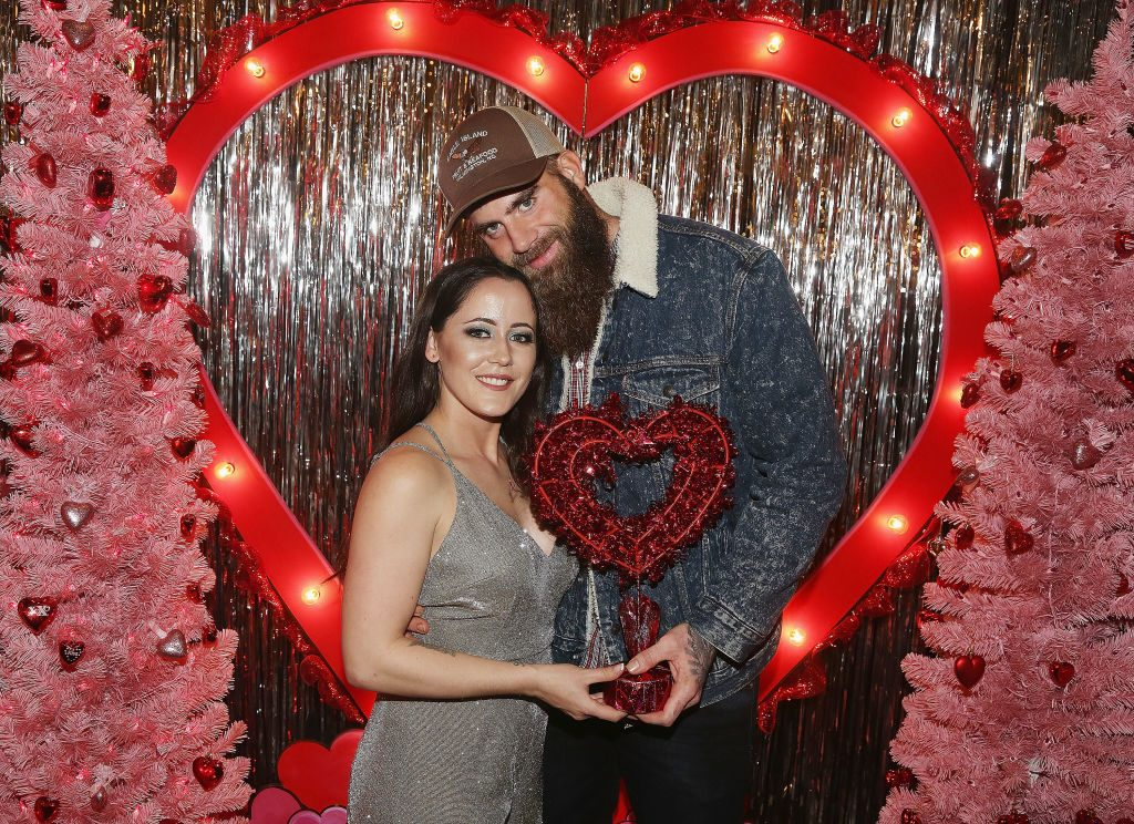 Jenelle Evans and David Eason pose at The Planet Hollywood Valentine's Wonderland