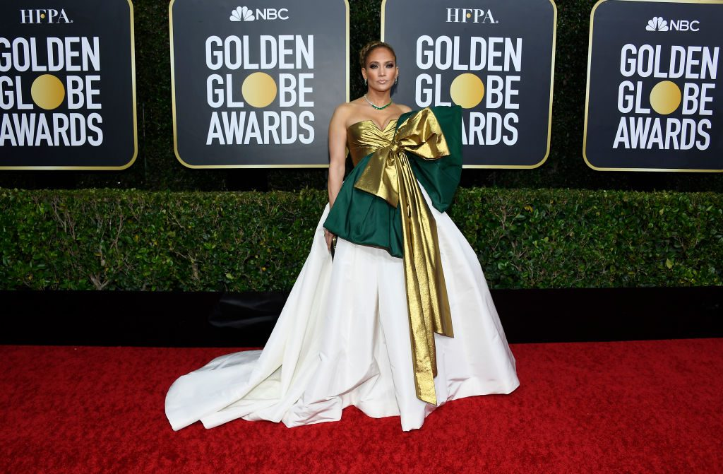 Jennifer Lopez S Golden Globes Gown Is Getting Compared To A Christmas Gift On Twitter