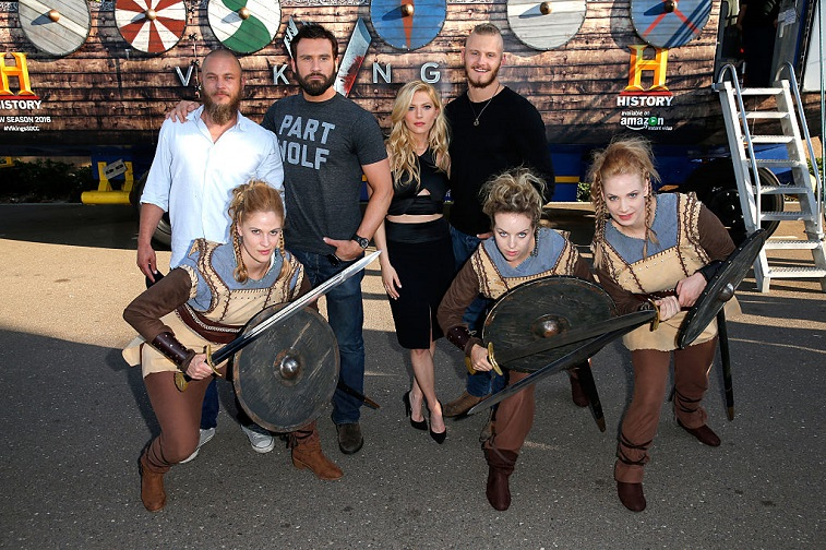 Travis Fimmel, Clive Standen, Katheryn Winnick, and Alexander Ludwig