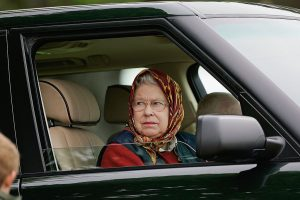 Queen Elizabeth Never Wears a Seatbelt for This 1 Surprising Reason
