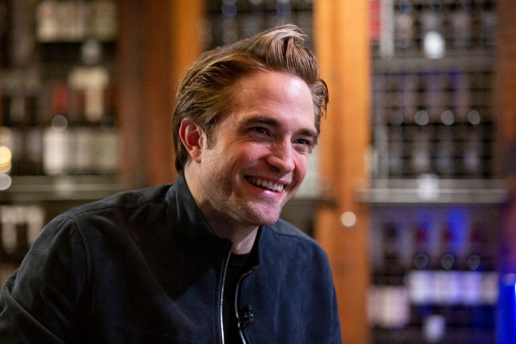 New Photos Show Robert Pattinson's Hair & Physique For The Batman