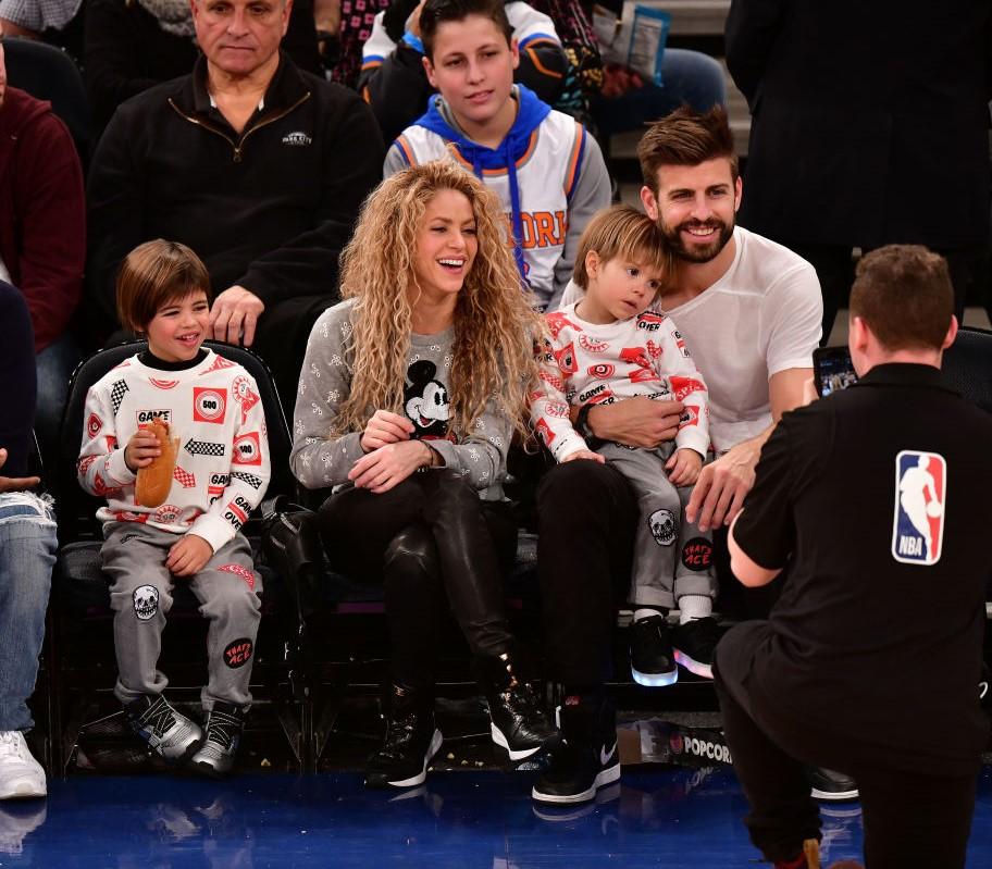 Shakira, Gerard Pique and their children