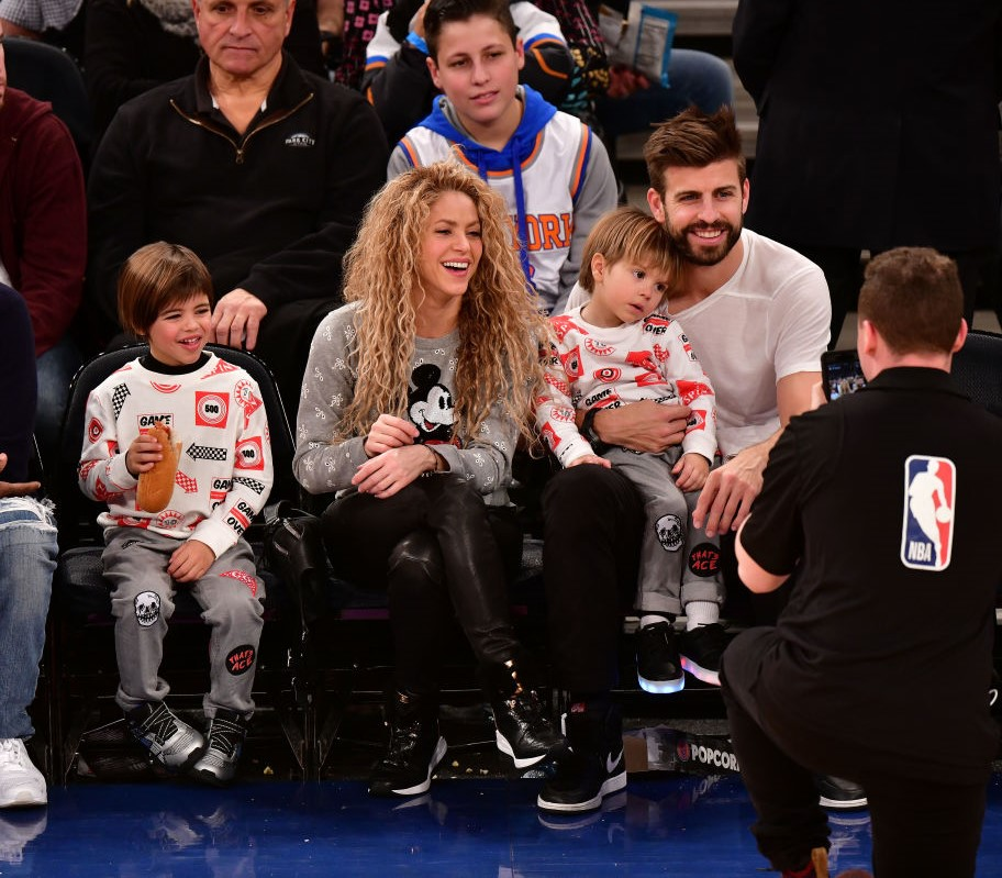 Shakira, Gerard Pique and their children