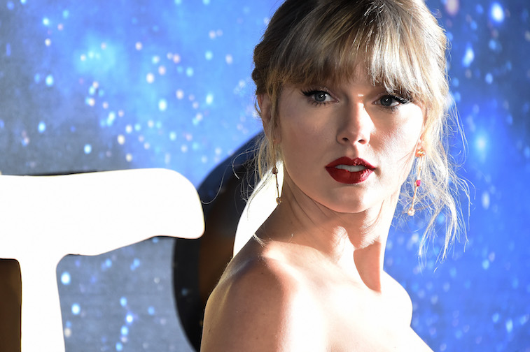 Taylor Swift S Favorite Drinks Are Anything But Healthy