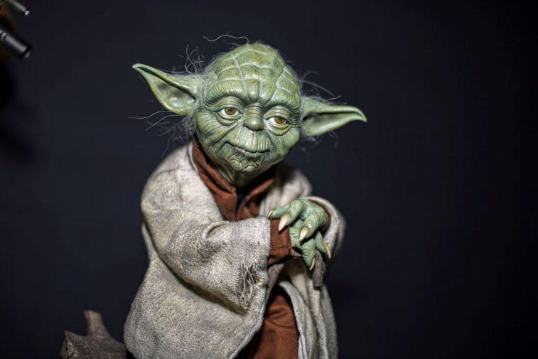 A statue of Yoda