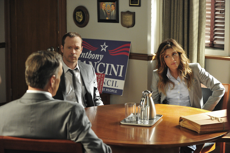 Donnie Wahlberg and Jennifer Esposito