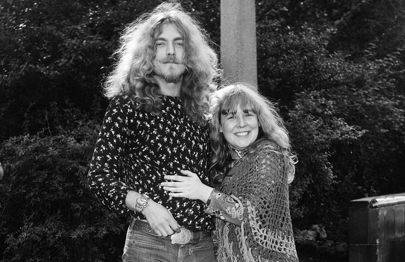 The Only Led Zeppelin Song Robert Plant Shared With Another Lead Vocalist