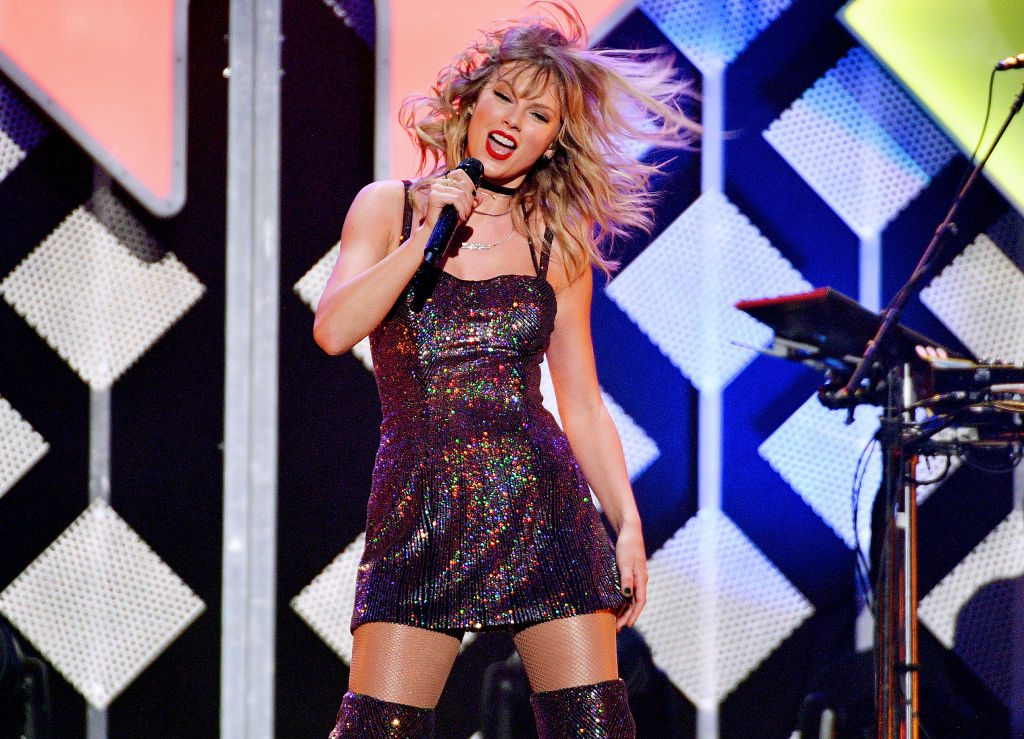 Taylor Swift performs onstage