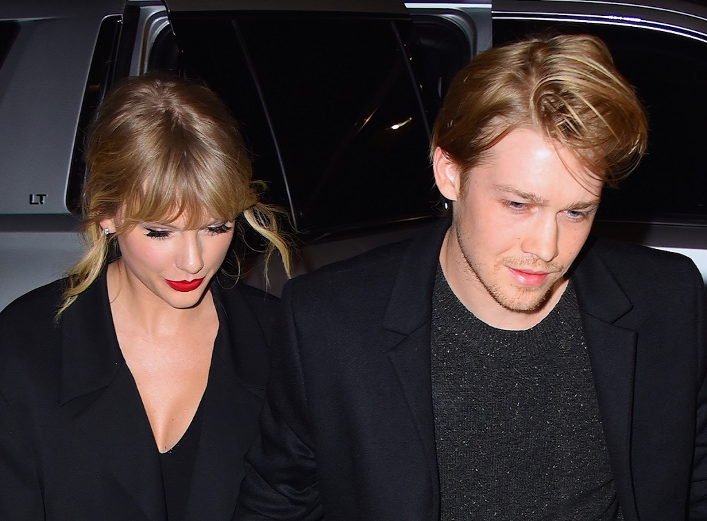 Fans Still Can T Get Over Taylor Swift And Joe Alwyn At The 2020 Golden Globe Awards
