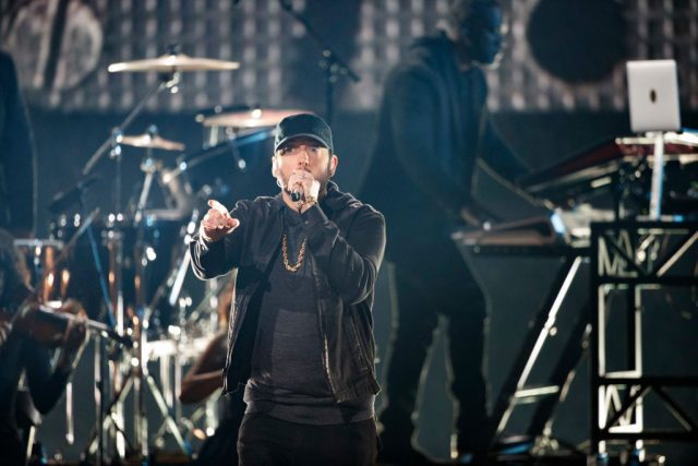 Eminem performs live at the Oscars