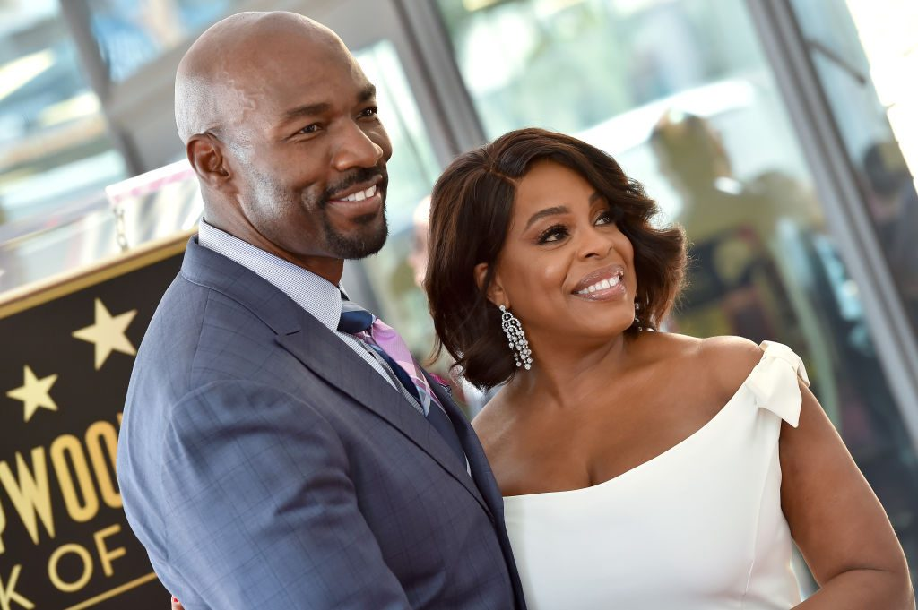 Niecy Nash reveals marriage to musician Jessica Betts: '#LoveWins'