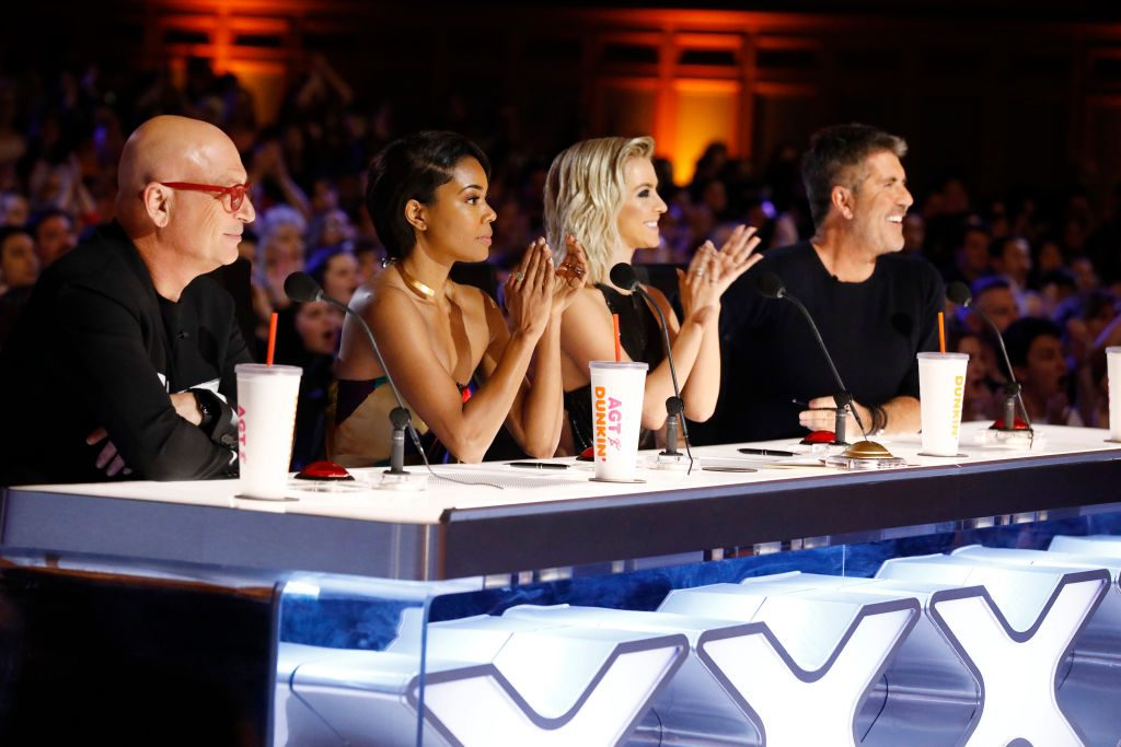 Howie Mandel, Gabrielle Union, Julianne Hough, Simon Cowell on the panel