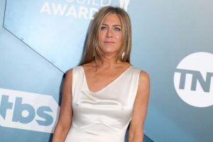 Jennifer Aniston Says She Felt 'Unsafe' Growing Up