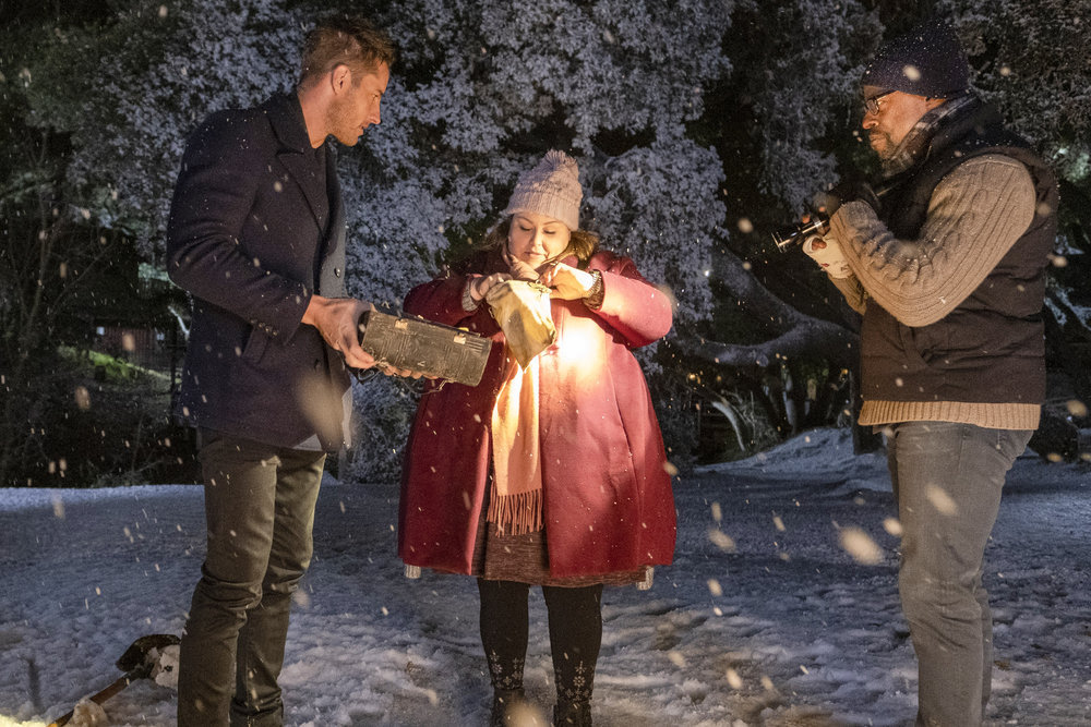 Justin Hartley as Kevin, Chrissy Metz as Kate, Sterling K. Brown as Randall inThis Is Us - Season 4, Episode 14