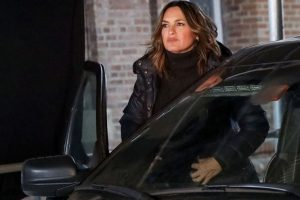 How Mariska Hargitay Pays Tribute to 'Law & Order: SVU's' Newest Detective in New Image