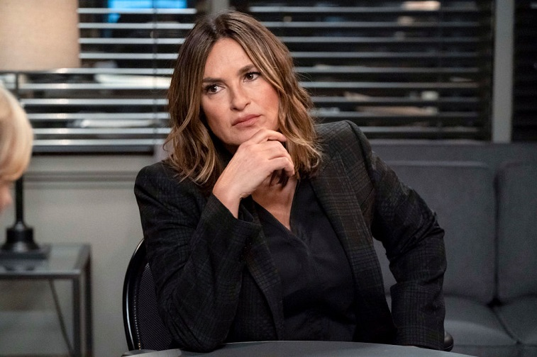 Mariska Hargitay Posts a Hilarious Before and ...