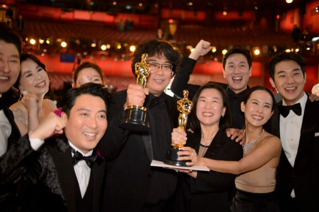 The cast and crew of 'Parasite' at the Oscars