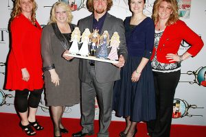 'Sister Wives': Fans React to the Wives' No-PDA Rule
