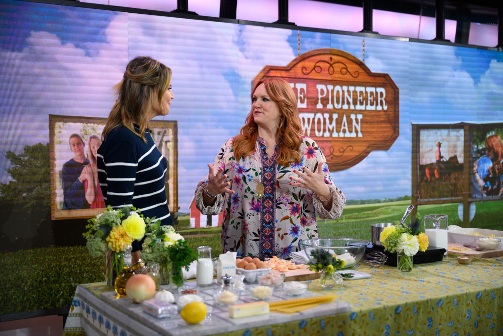 Ree Drummond and Savannah Guthrie on the Today Show | Nathan Congleton/NBC/NBCU Photo Bank via Getty Images