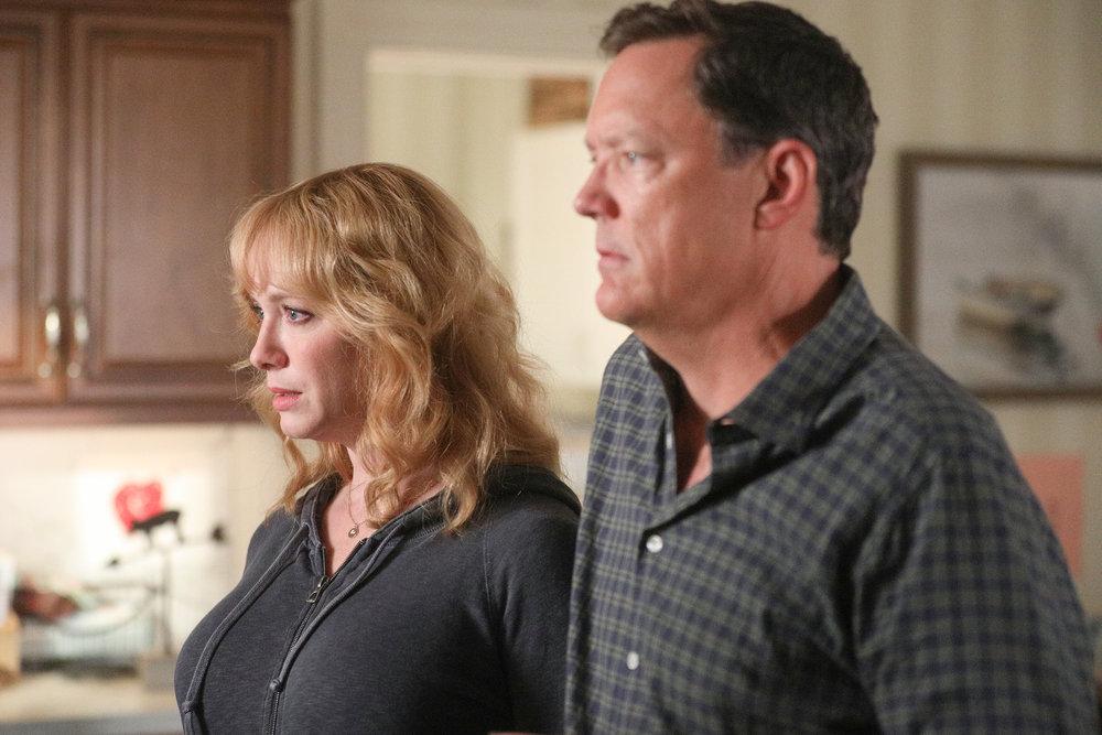 'Good Girls' Episode 303: Christina Hendricks as Beth Boland, Matthew Lillard as Dean Boland