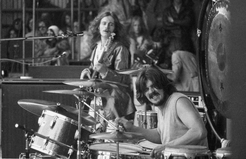 The Funky Led Zeppelin Song That Was Zep's Salute to James Brown