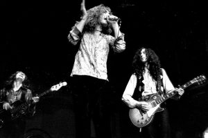 The Classic 'Led Zeppelin I' Track That Was Inspired by Joan Baez