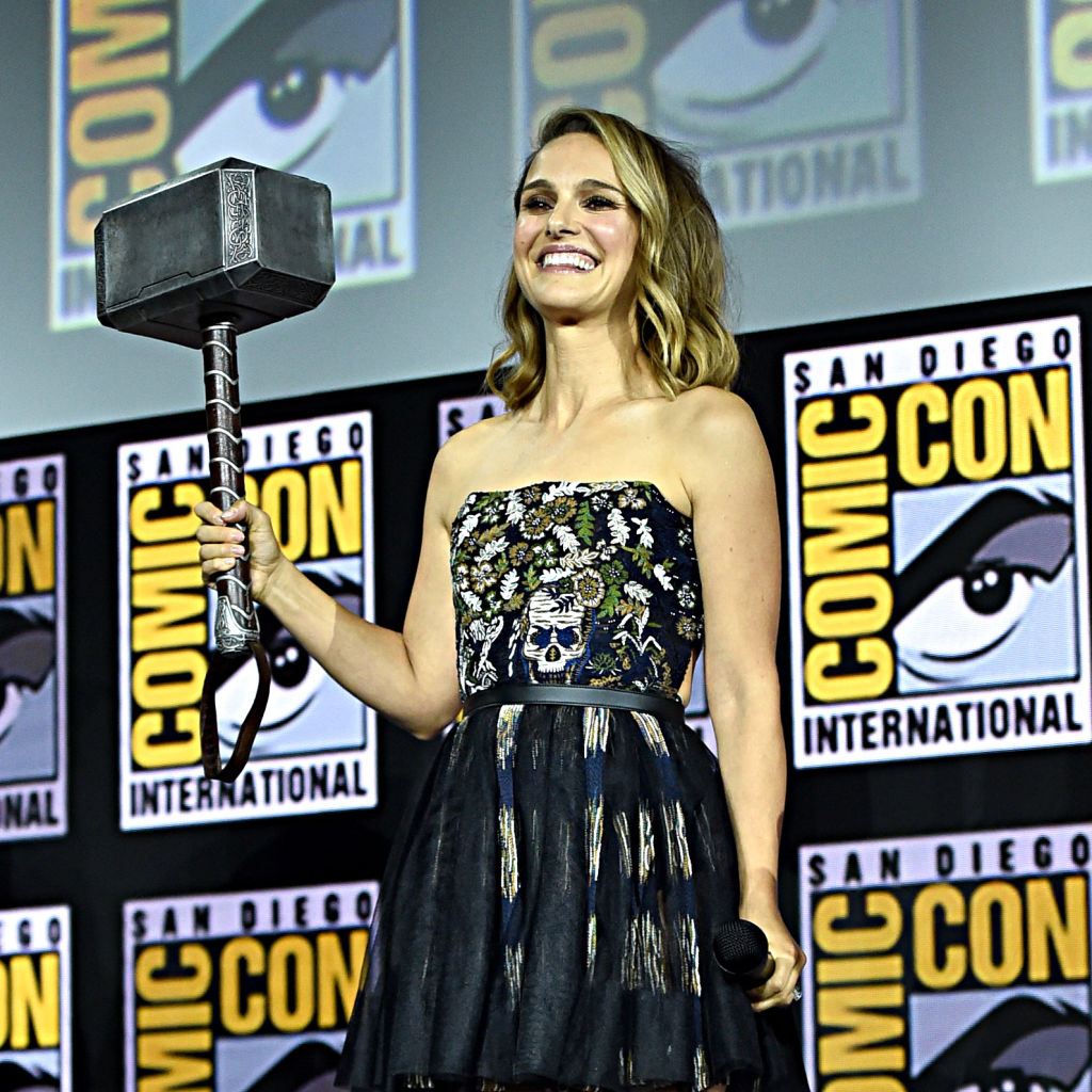 Natalie Portman wields Mjönir on stage at San Diego Comic Con 2019, during the 'Thor: Love and Thunder' segment.