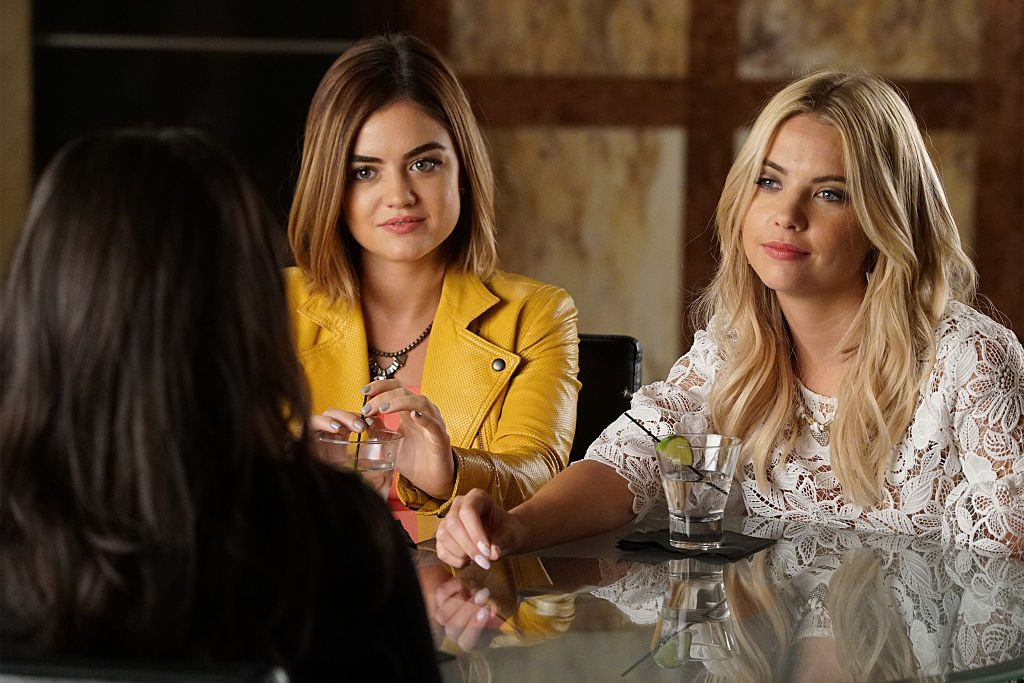 """PRETTY LITTLE LIARS - """"Where Somebody Waits For Me"""""""