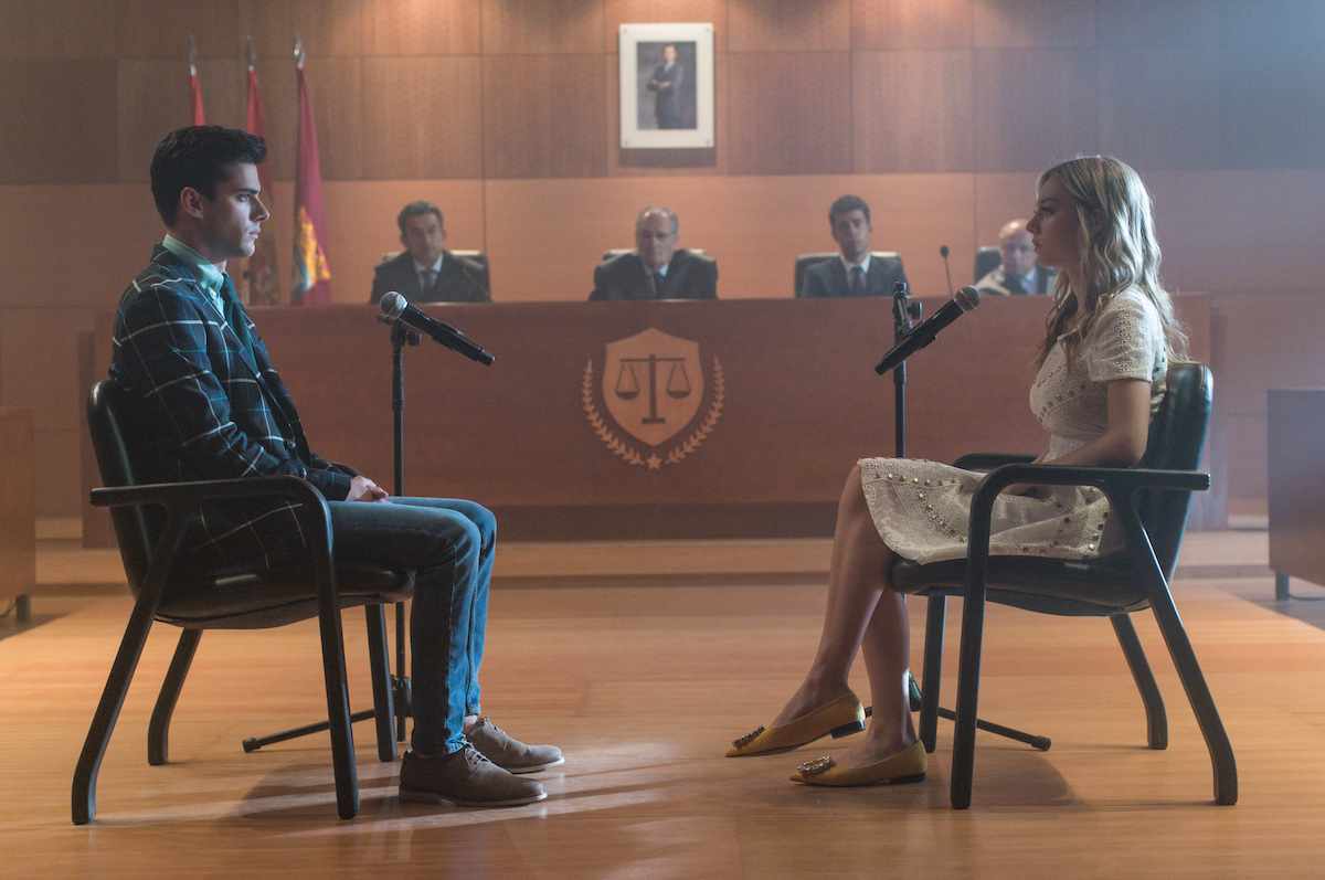 Polo and Carla go in front of a judge in 'Élite' Season 3.