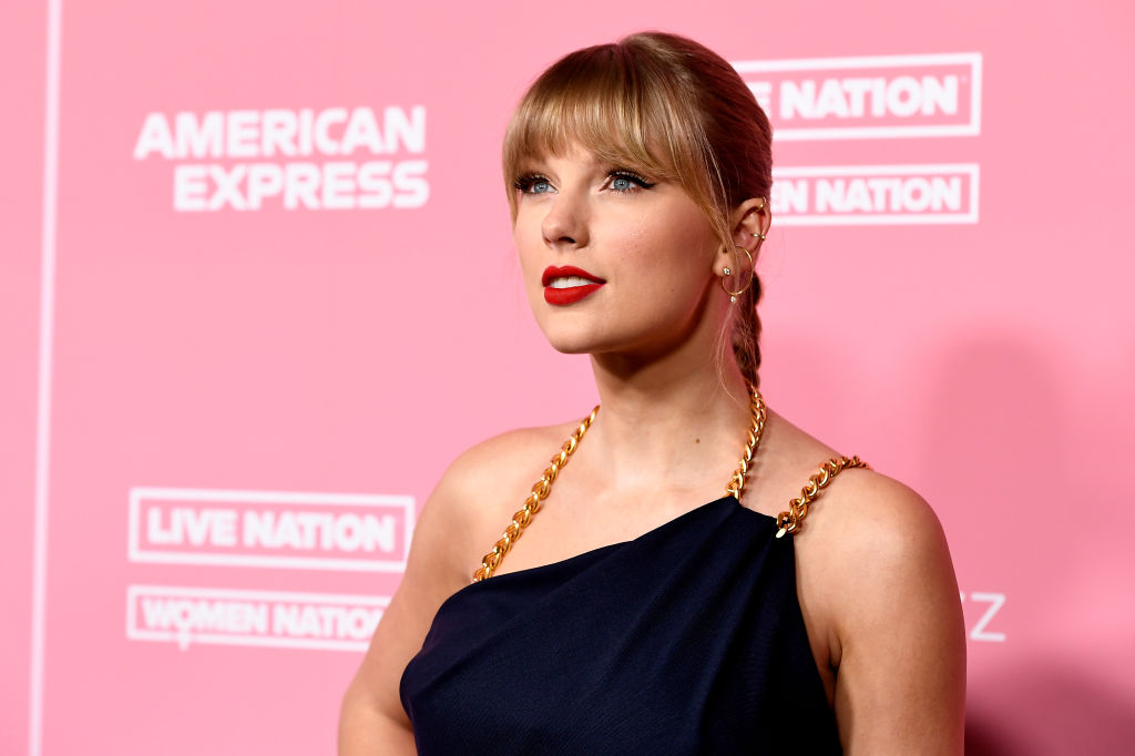 Taylor Swift is unrecognizable as 'The Man' in new music video