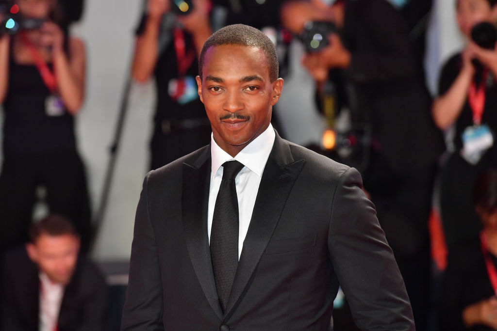 Anthony Mackie smiling at the camera
