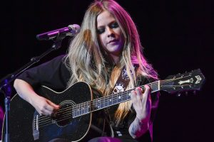 Who is Avril Lavigne Dating?
