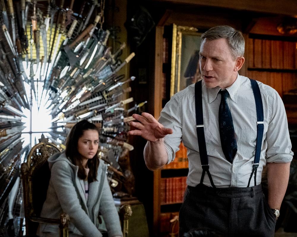 Knvies Out: Daniel Craig and Ana de Armas