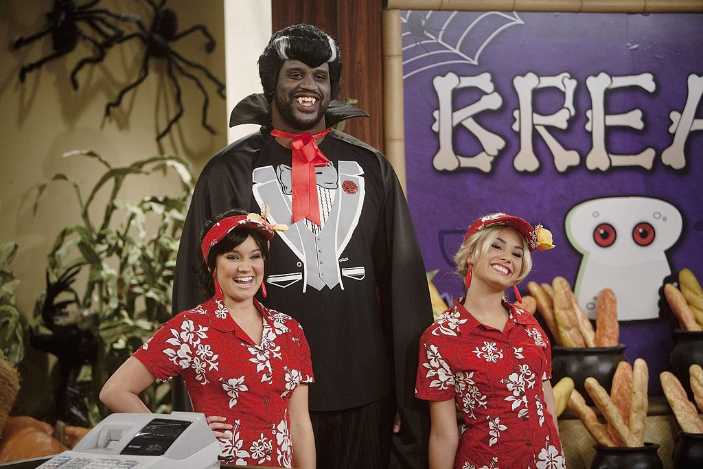 """Shaquille O'Neal hosts a fully-produced, ghoulish """"So Random!"""" Halloween special, featuring Demi Lovato and Tiffany Thornton"""