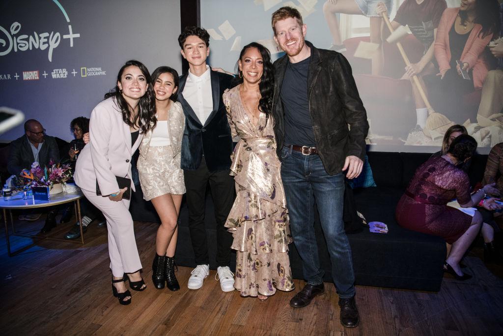 "Ilana Peña, Tess Romero, Charlie Bushnell, Selenis Leyva, and Michael Weaver of Disney+'s ""Diary Of A Future President"""