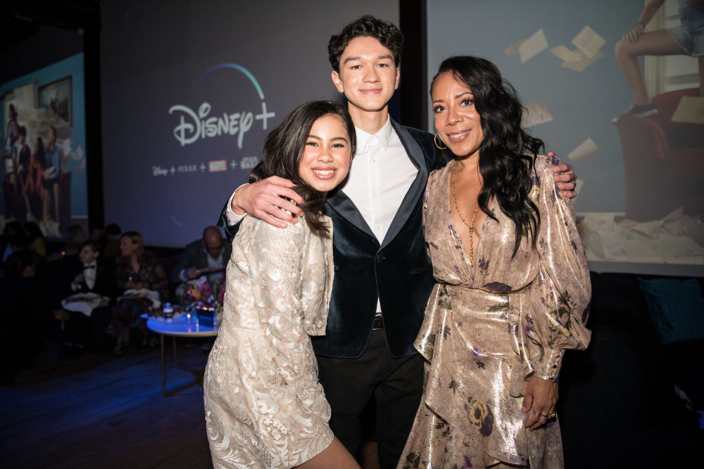 "Tess Romero, Charlie Bushnell, and Selenis Leyva arrive at the Disney +'s ""Diary Of A Future President"""