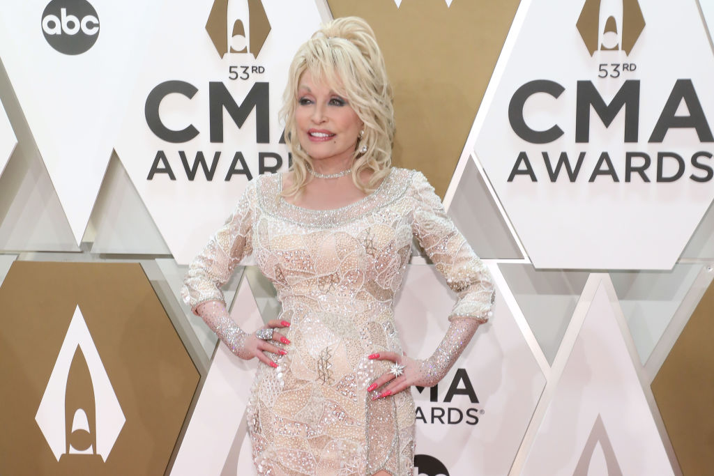 Dolly Parton attends the 53nd annual CMA Awards