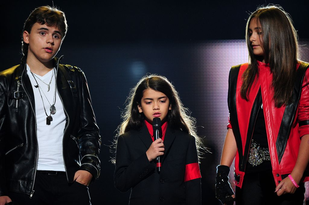 Prince, Blanket and Paris Jackson