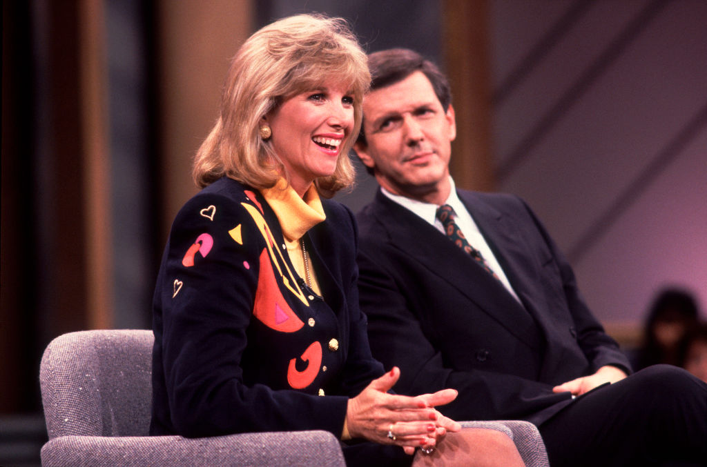 Joan Lunden and Charlie Gibson on GMA, 1990