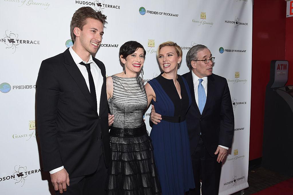 (L-R) Hunter Johansson, Elyse Buxbaum, Scarlett Johansson and New York City Comptroller Scott Stringer