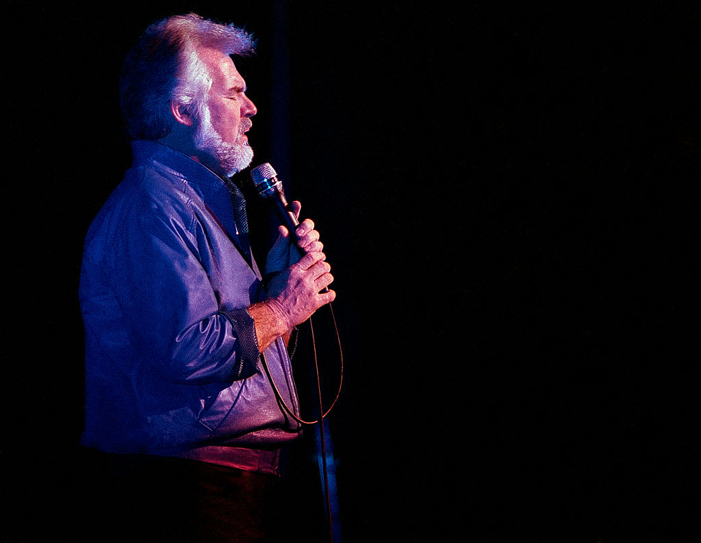 Kenny Rogers in 1986 | Rick Diamond/Getty Images
