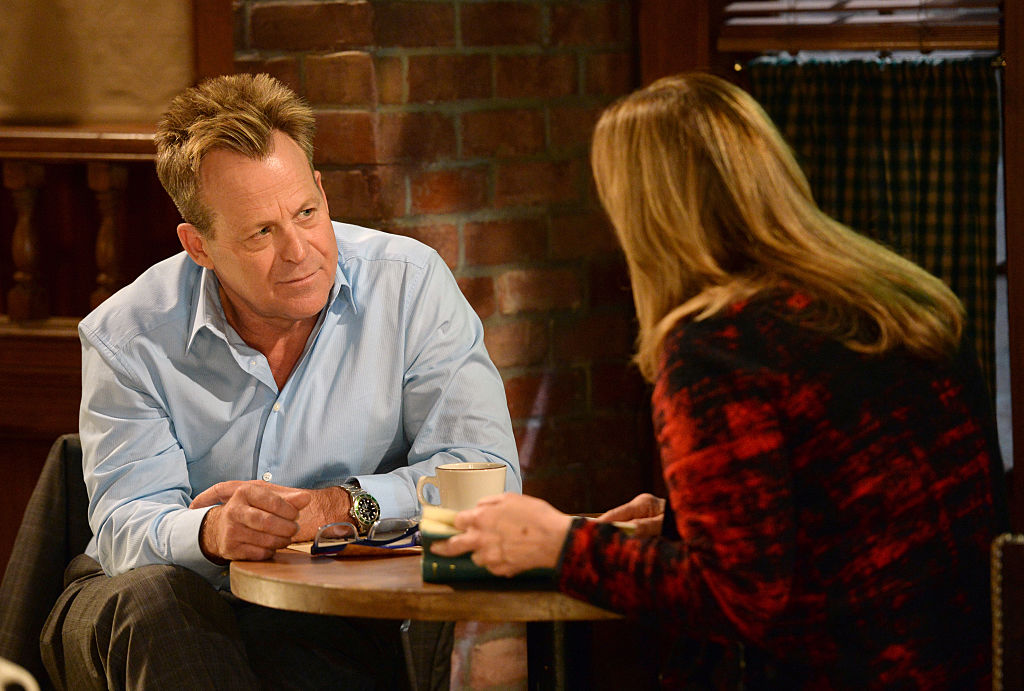 Kin Shriner in a scene with Genie Francis on 'General Hospital' in 2016