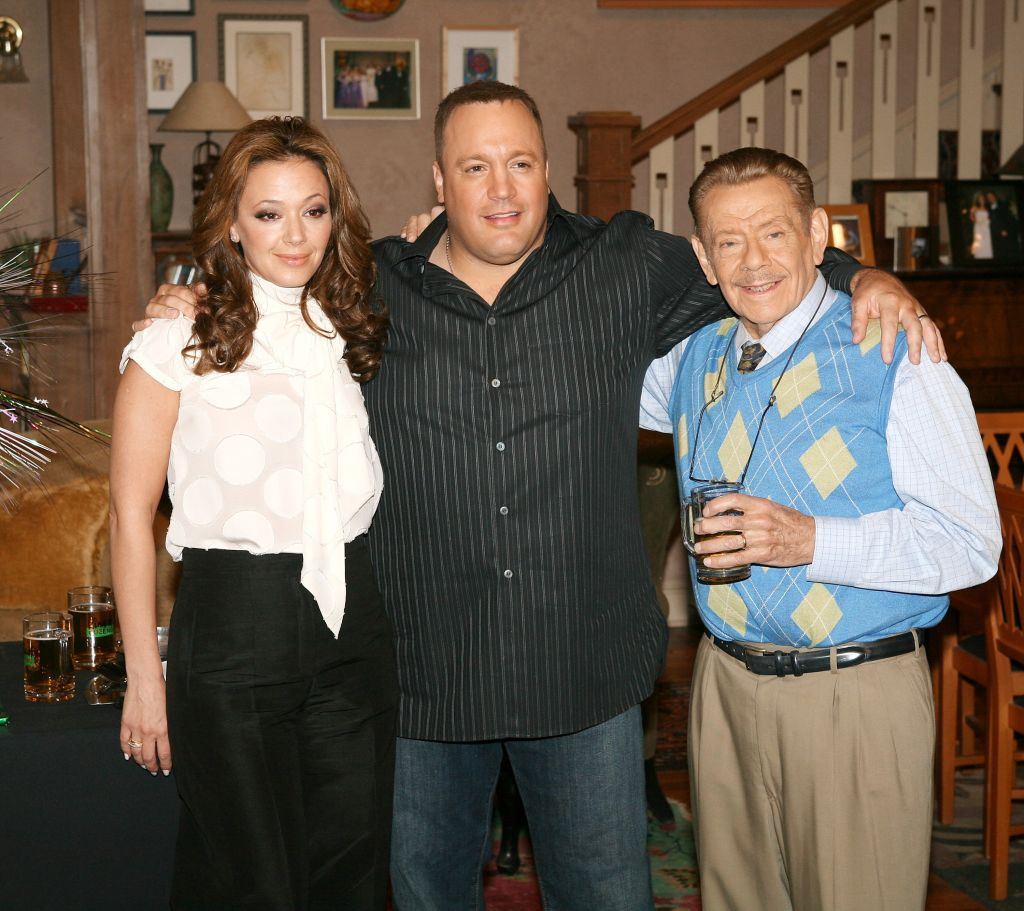 ""\Leah Remini, Kevin James, and Jerry Stiller attend the """"King of Queens"""" party celebrating the show's 200th episode""1024|911|?|en|2|d4d31433c7bd5e7f470a12ba72400073|False|UNLIKELY|0.4123895764350891