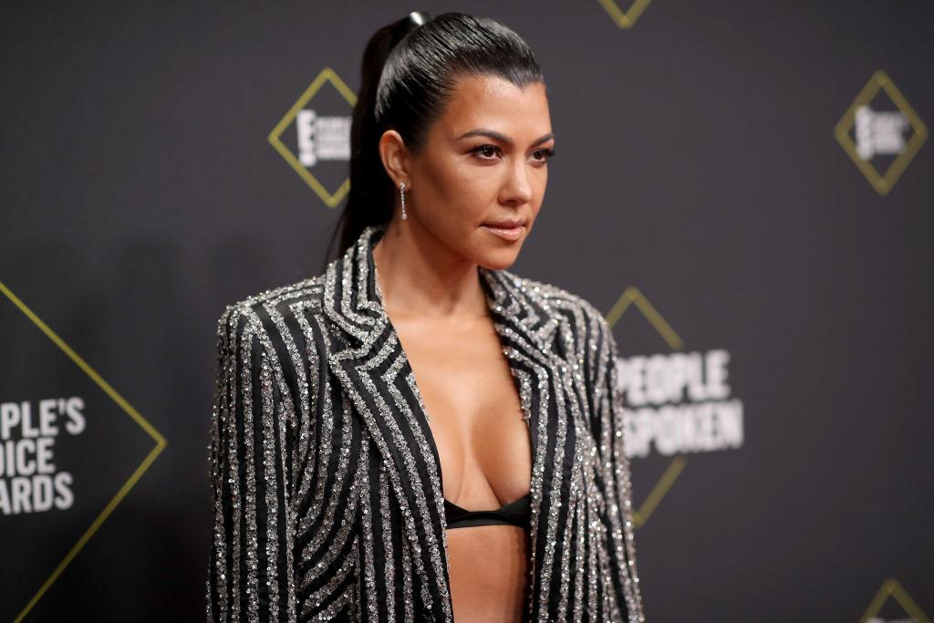 Kourtney Kardashian arrives to the 2019 E! People's Choice Awards held at the Barker Hanga