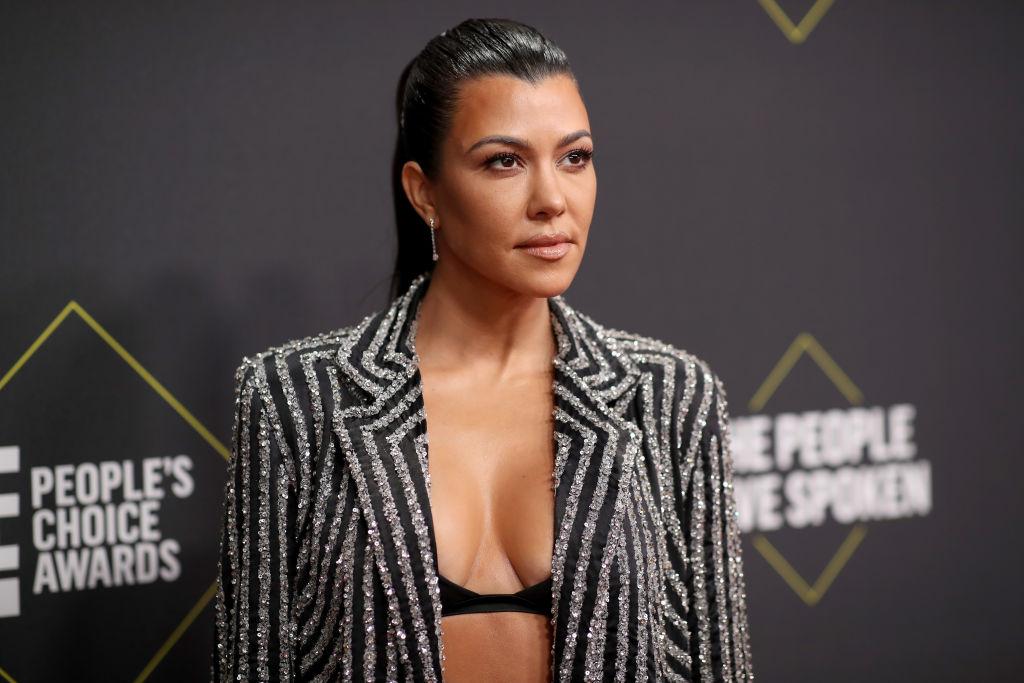 Kourtney Kardashian arrives to the 2019 E! People's Choice Awards