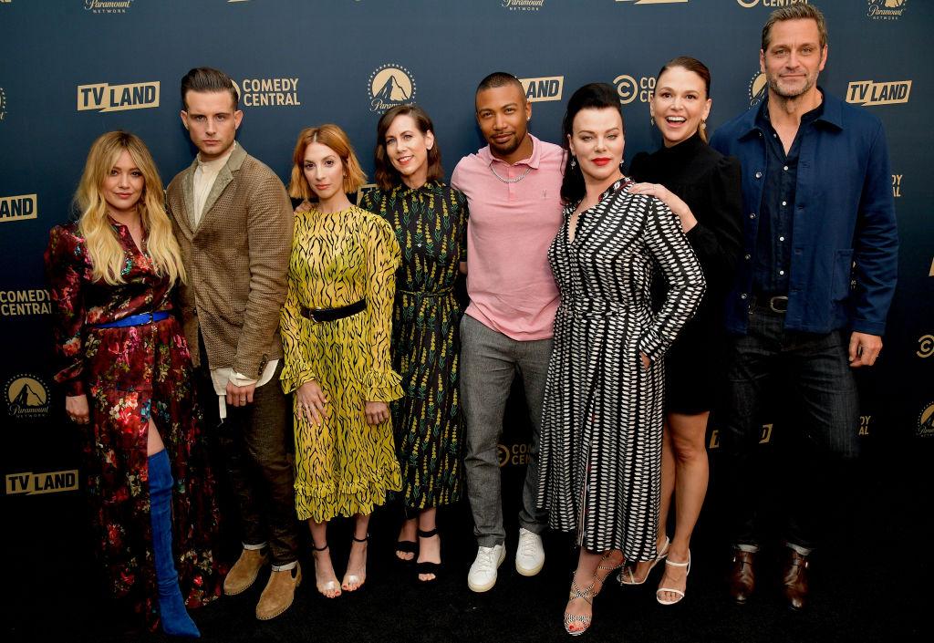 (L-R) Hilary Duff, Nico Tortorella, Molly Bernard, Miriam Shor, Charles Michael Davis, Debi Mazur, Sutton Foster, and Peter Hermann