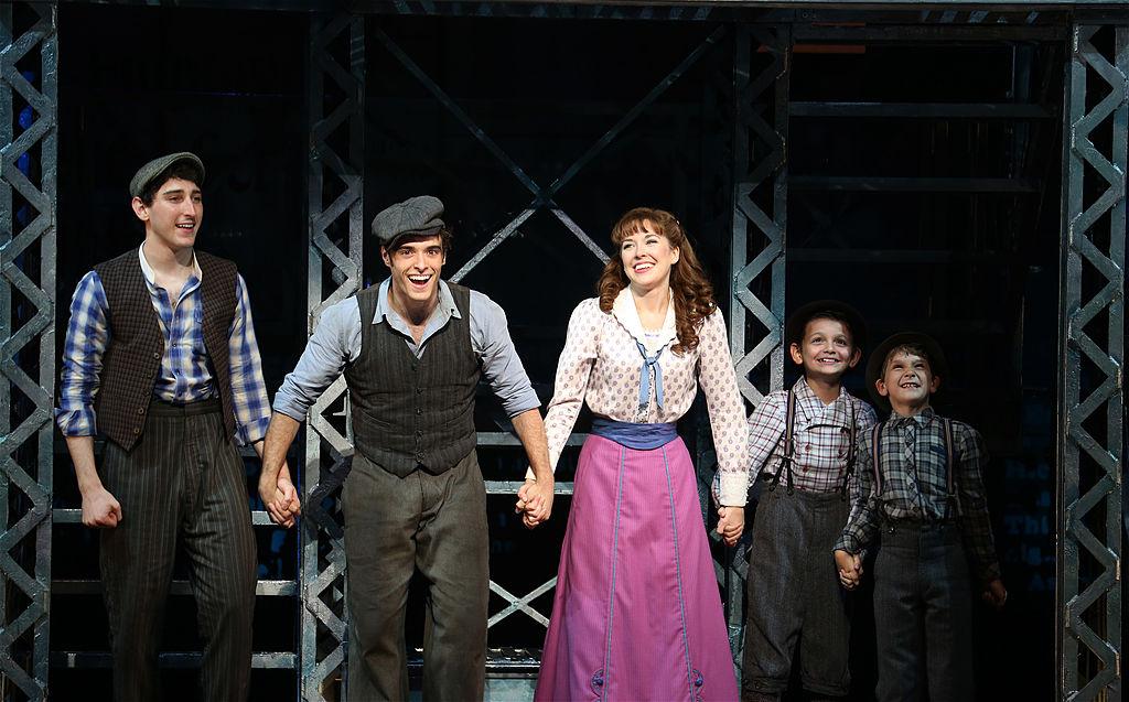 Ben Fankhauser, Corey Cott, Liana Hunt and cast during the 'Newsies' Final Broadway Curtain Call