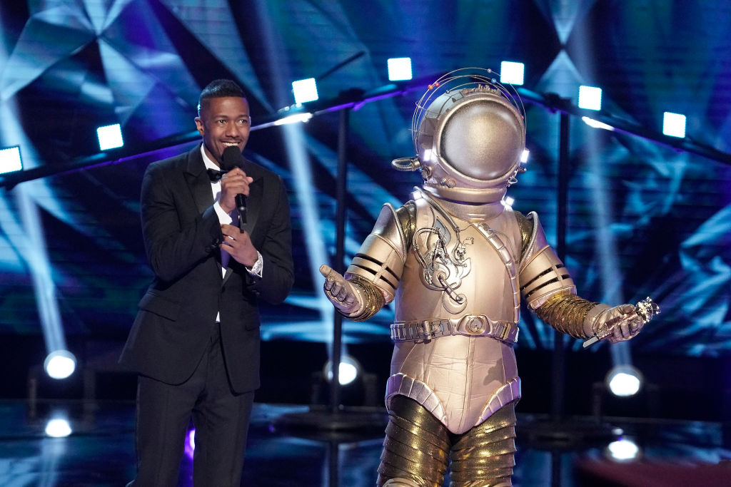 Nick Cannon and The Astronaut - The Masked Singer